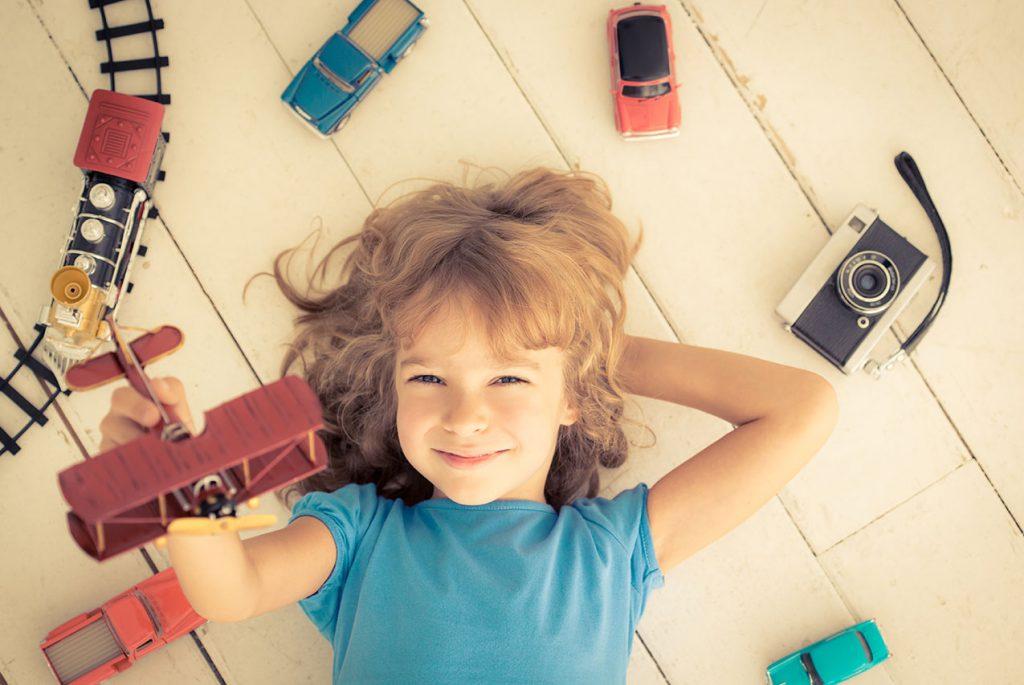 Сколько игрушек нужно детям