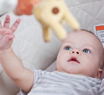 Мобиль для новорождённого