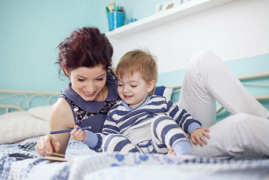 Шесть принципов общения с детьми до трёх лет