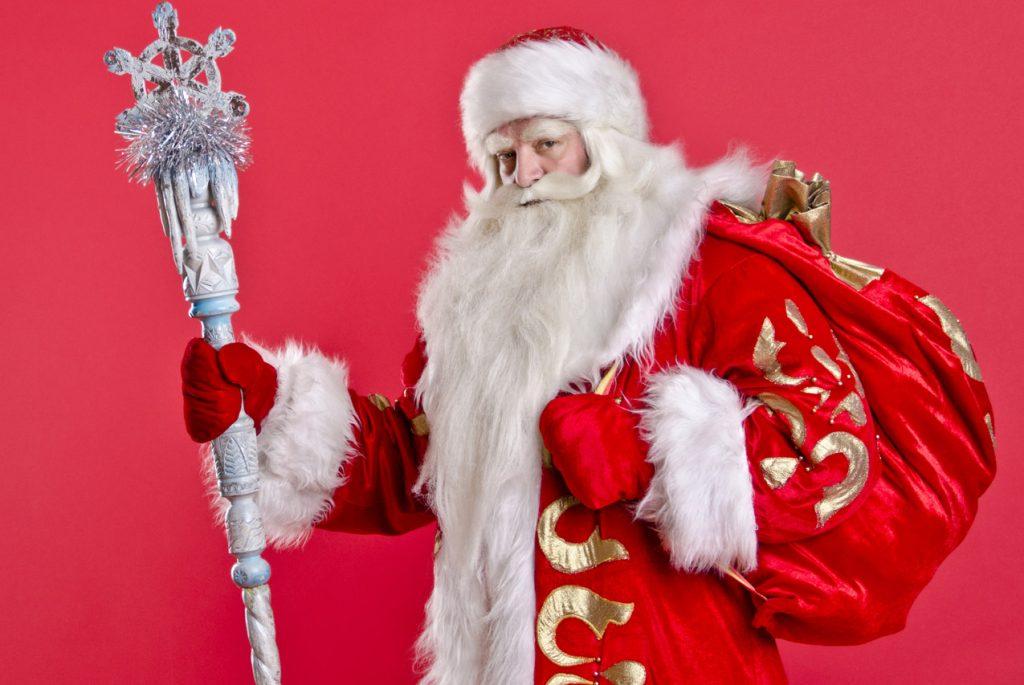 Должны ли родители рассказывать детям правду про Деда Мороза?