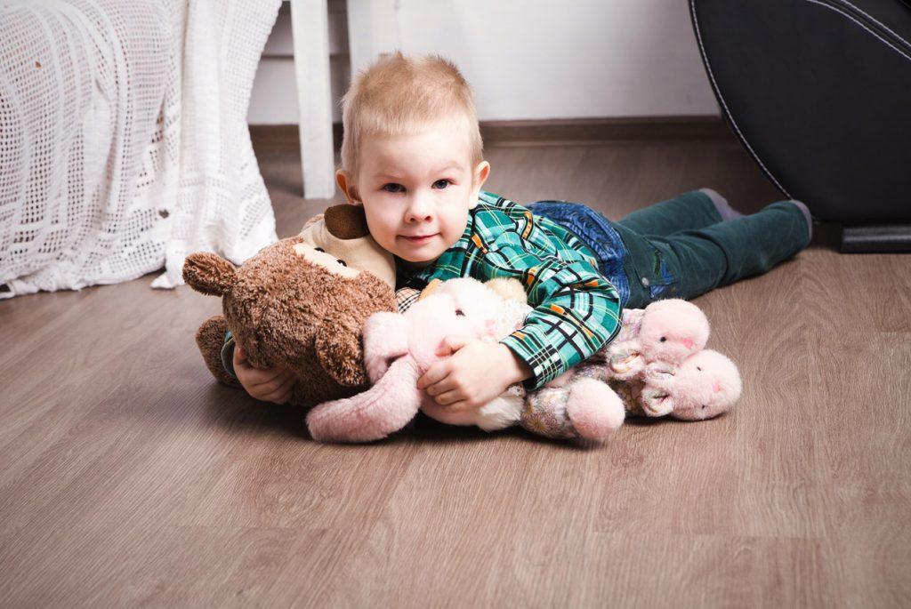 Как убедить малыша оставить игрушку дома?