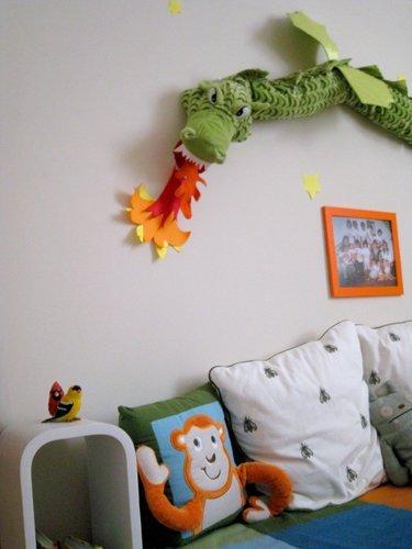 Аккуратное и красивое окружение в Монтессори-комнате мальчика Винсента
