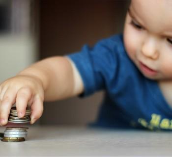 Давать ли деньги ребенку