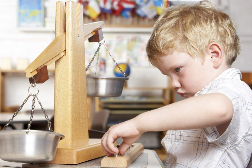 ребёнок отказывается заниматься в детском саду по Монтессори