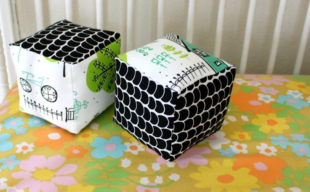 Мягкие кубики подходят малышам от семи месяцев