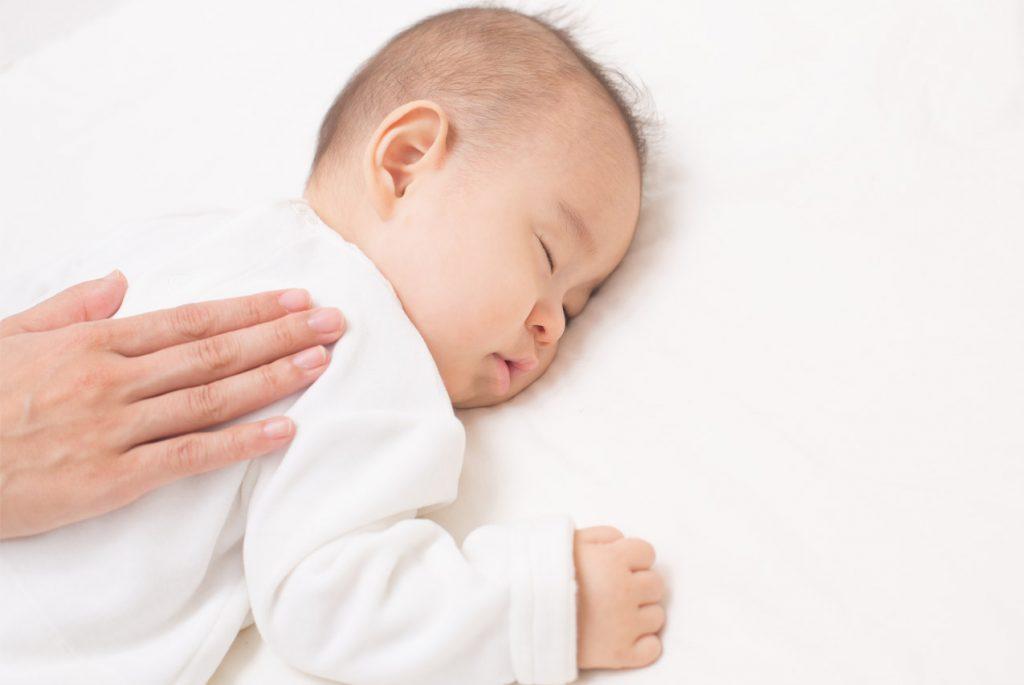 Как научить ребёнка засыпать самостоятельно?