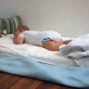 как приучить ребёнка до одного года спать отдельно