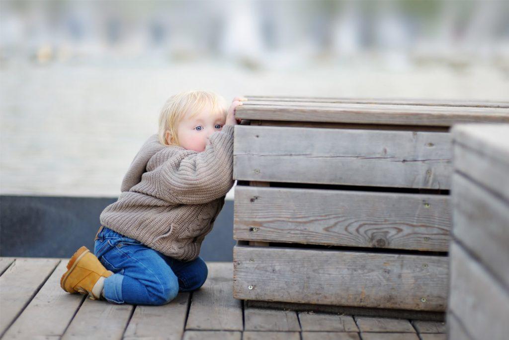 Как научить ребёнка играть с другими детьми?