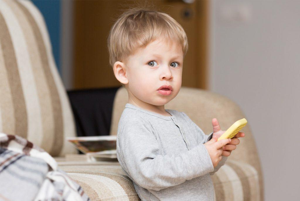 Что предпочитают наши дети: книги или гаджеты