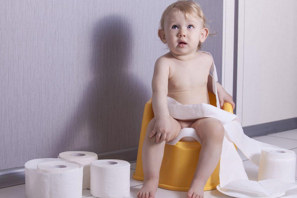 Как приучить к горшку неусидчивого ребёнка?