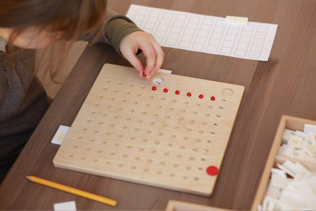 освоение математики по методу Монтессори
