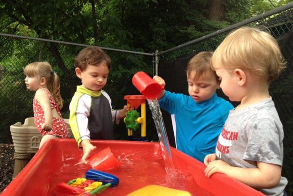 Монтессори дома: дачные идеи с детьми
