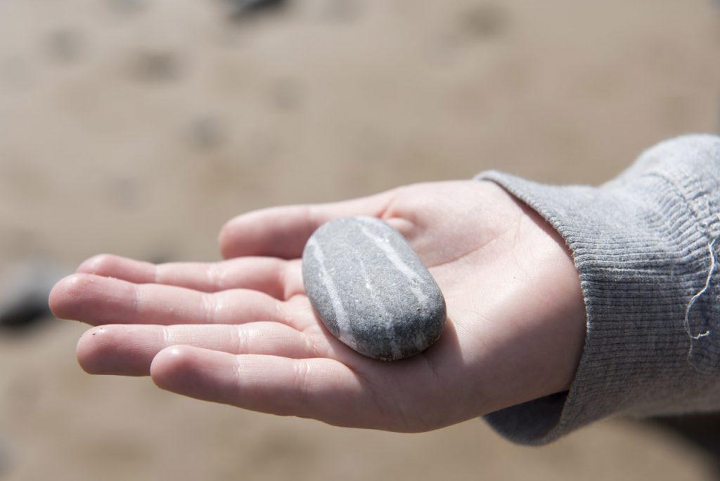 метод арт-терапии с камнями