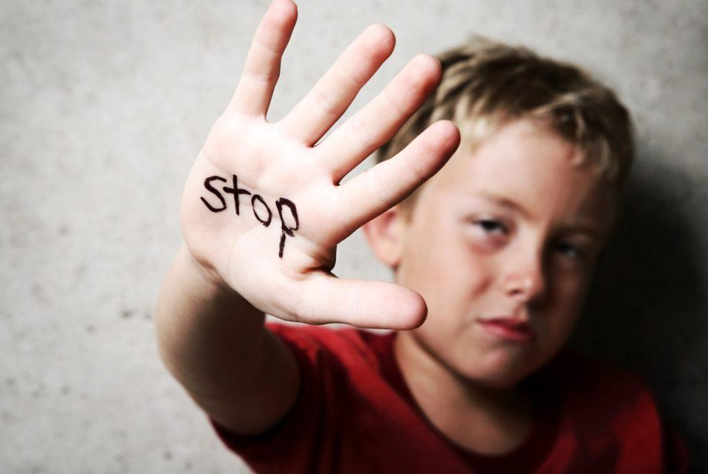 Дети, пережившие насилие. Что такое насилие? Часть 1