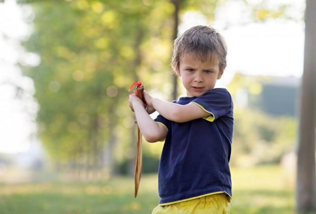 надо ли учить ребёнка общаться