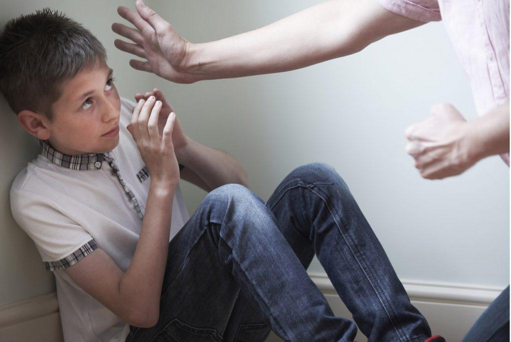 Насилие на ребёнком