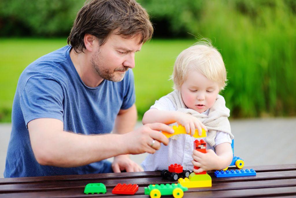 учим детей общаться