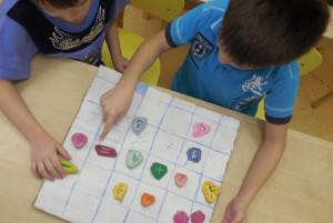 Игры и упражнения с камнями