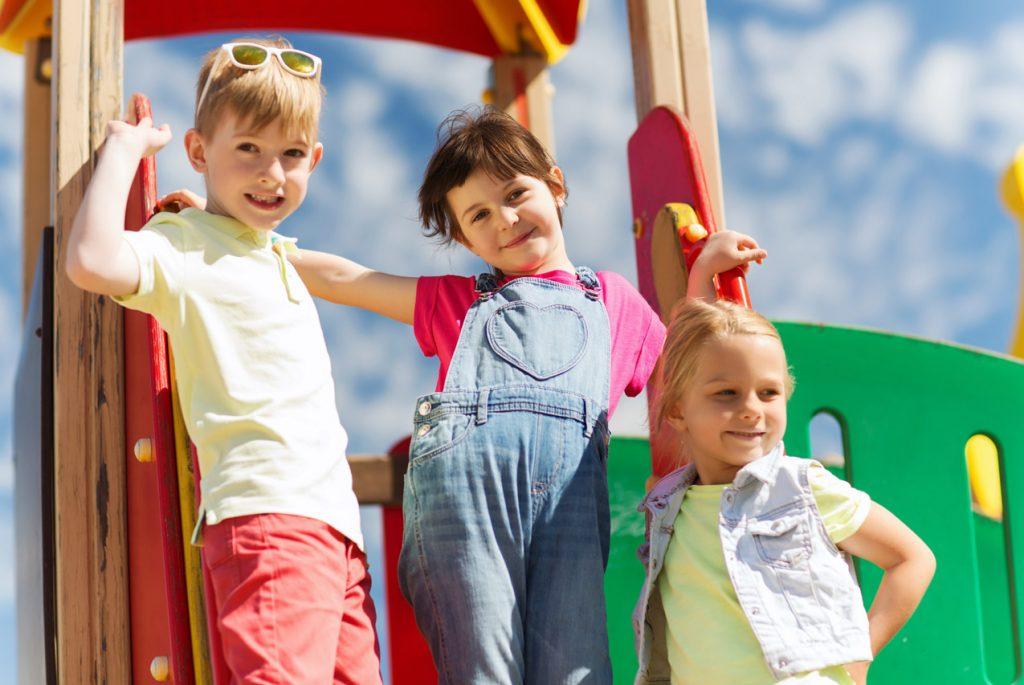 Надо ли учить ребёнка общаться с другими людьми. Часть 1
