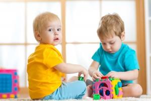 Научить детей общаться