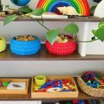 Почему стеллажи для хранения игрушек лучше, чем коробки
