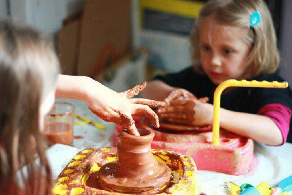 Чем заняться с детьми во время тихого часа?