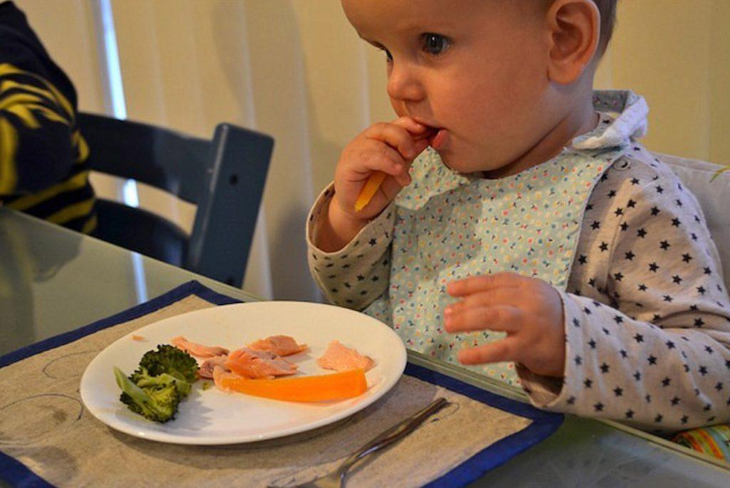 Независимость ребёнка: как организовать еду, сон, туалет и работу дома?