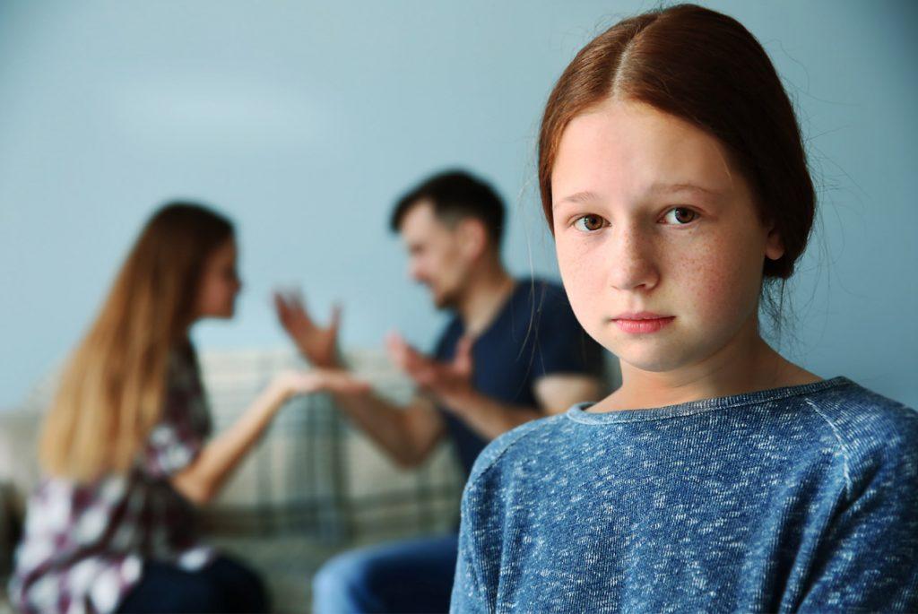 Как родителям продолжать общение после развода?