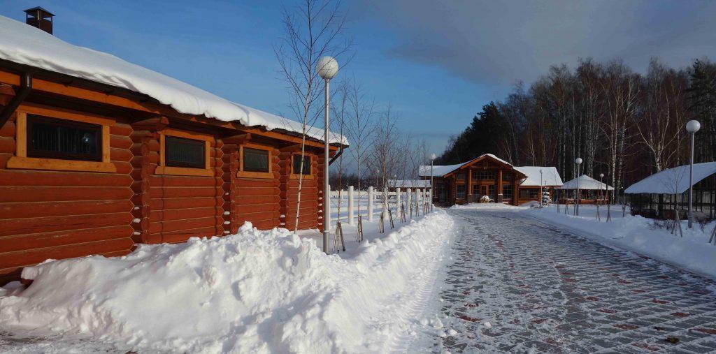 контактная деревня зимой