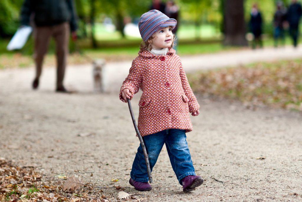 Когда отпускать ребёнка гулять самостоятельно?
