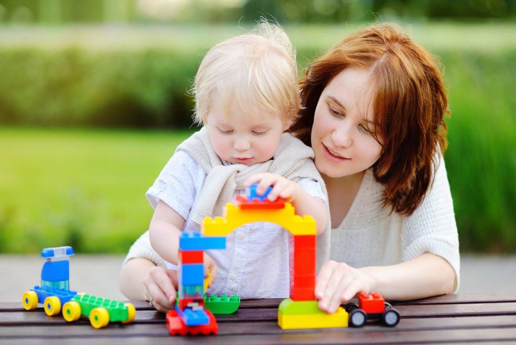 Отстаёт ли ребёнок в развитии