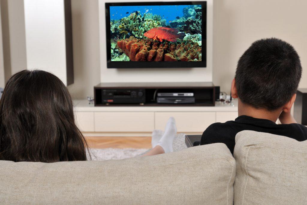 что дети могут смотреть по телевизору