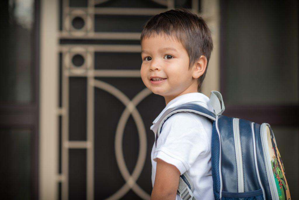 Вызывает ли рюкзак боль в спине у ребенка?