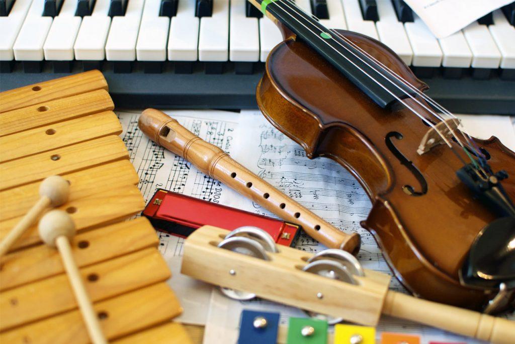 Музыкальные полки и удобный способ хранения карточек