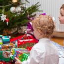 как правильно дарить детям подарки