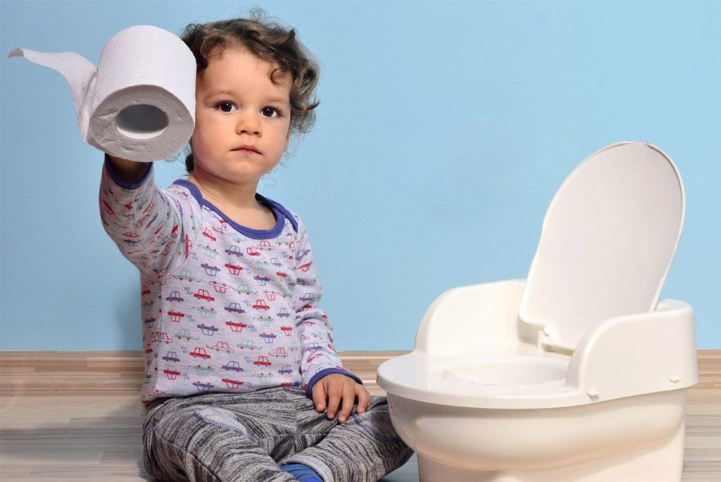 Что делать, если малыш не просится на горшок?