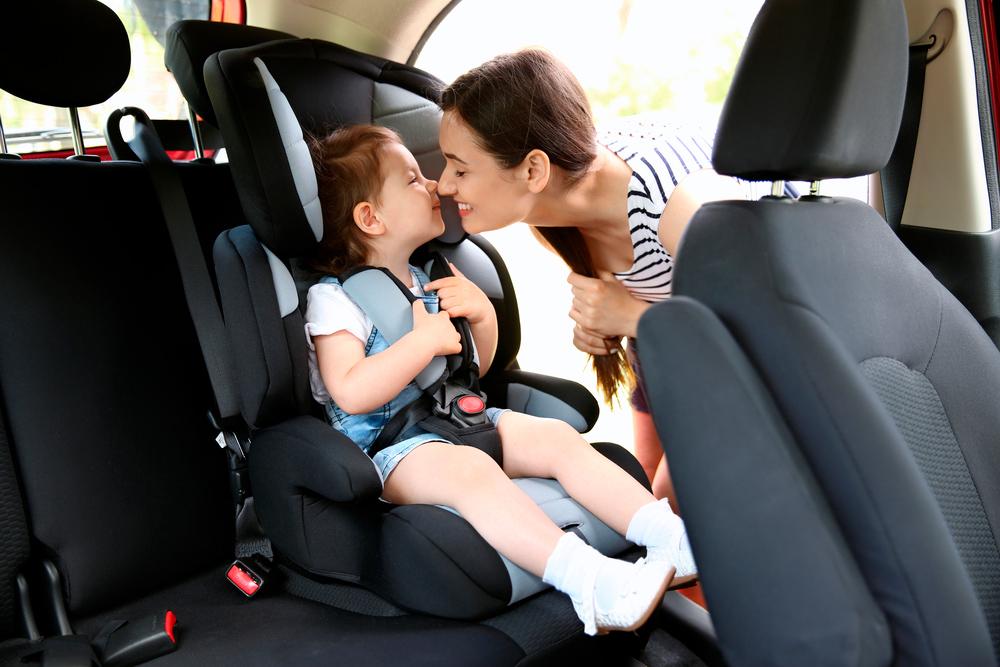 в машине с ребёнком