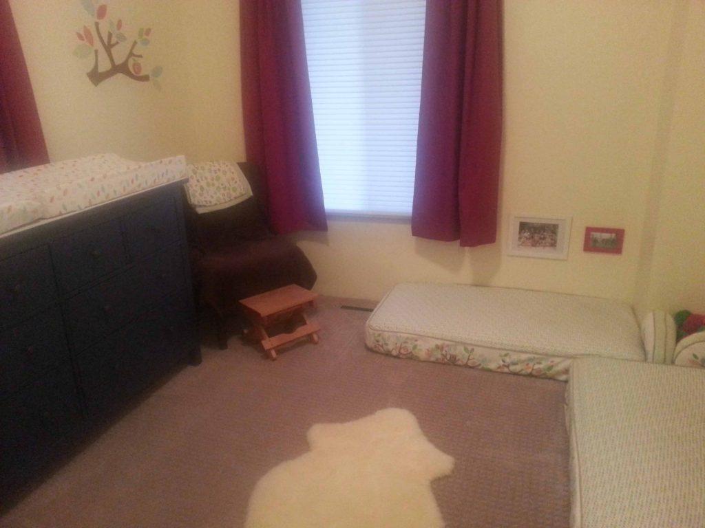 детская спальня для двоих малышей