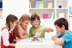 как объяснить детям химию