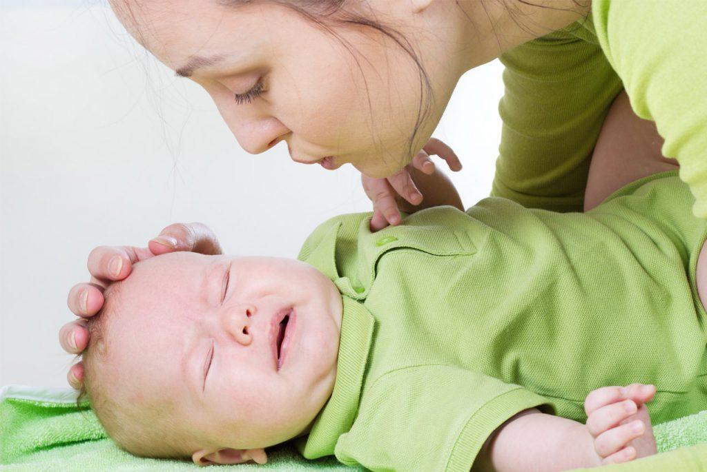 Как распознать колики у новорождённого?