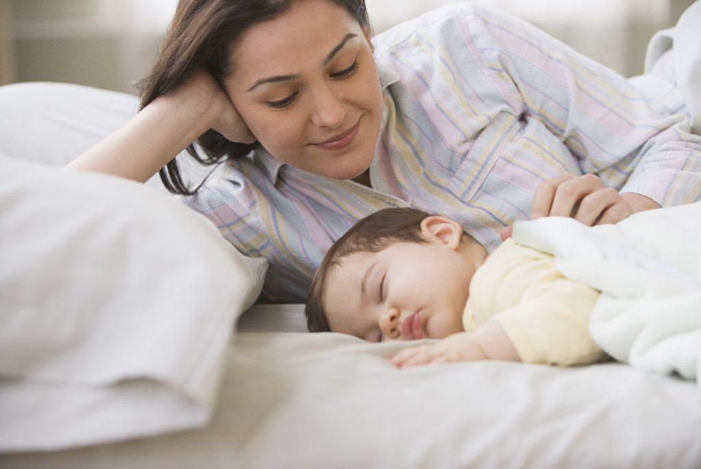 как приучить ребёнка спать отдельно от родителей