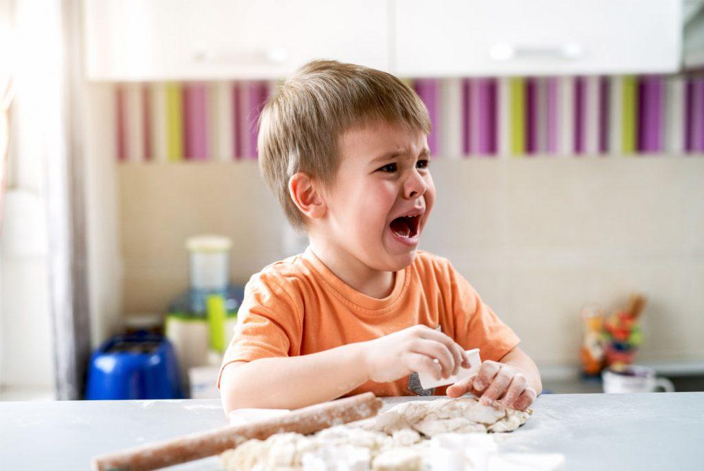 Что делать, если ребёнок плохо себя ведёт?