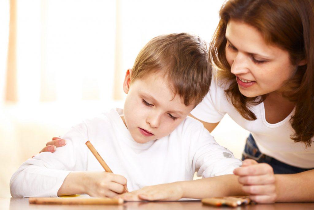 Как научить ребёнка самостоятельно делать уроки