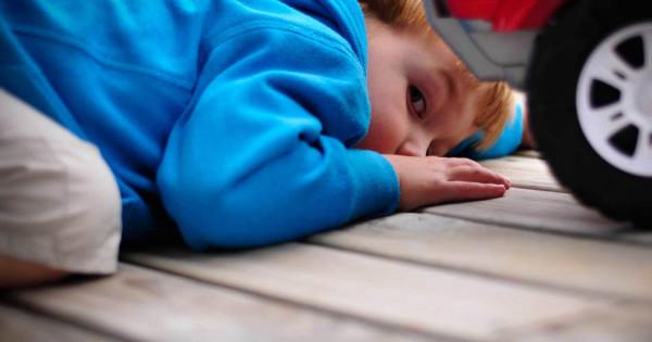 Ranniye-priznaki-autizma