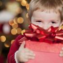 Как научить ребёнка выбирать и дарить подарки