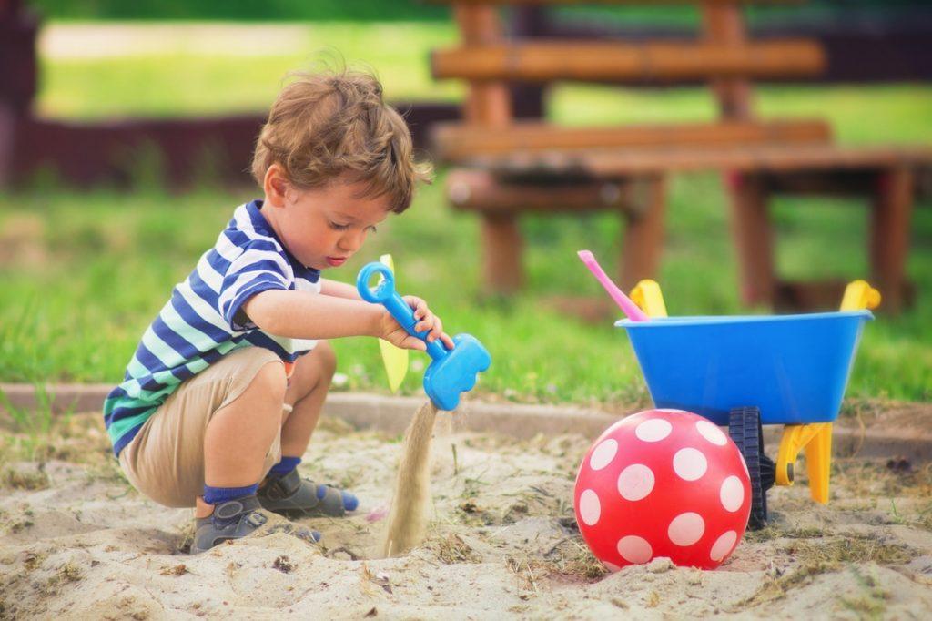 правила для детей на детской площадке
