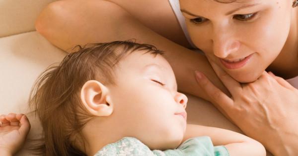 уложить спать ребёнка