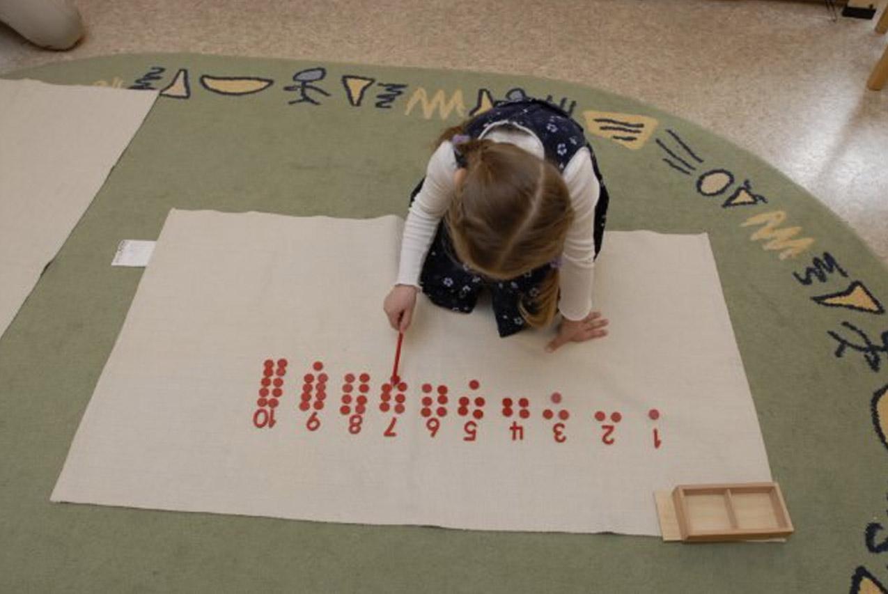 Материалы Монтессори и развивающие игрушки своими руками для ребёнка 4 лет