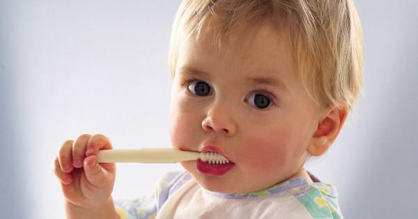 ребёнок не хочет чистить зубы