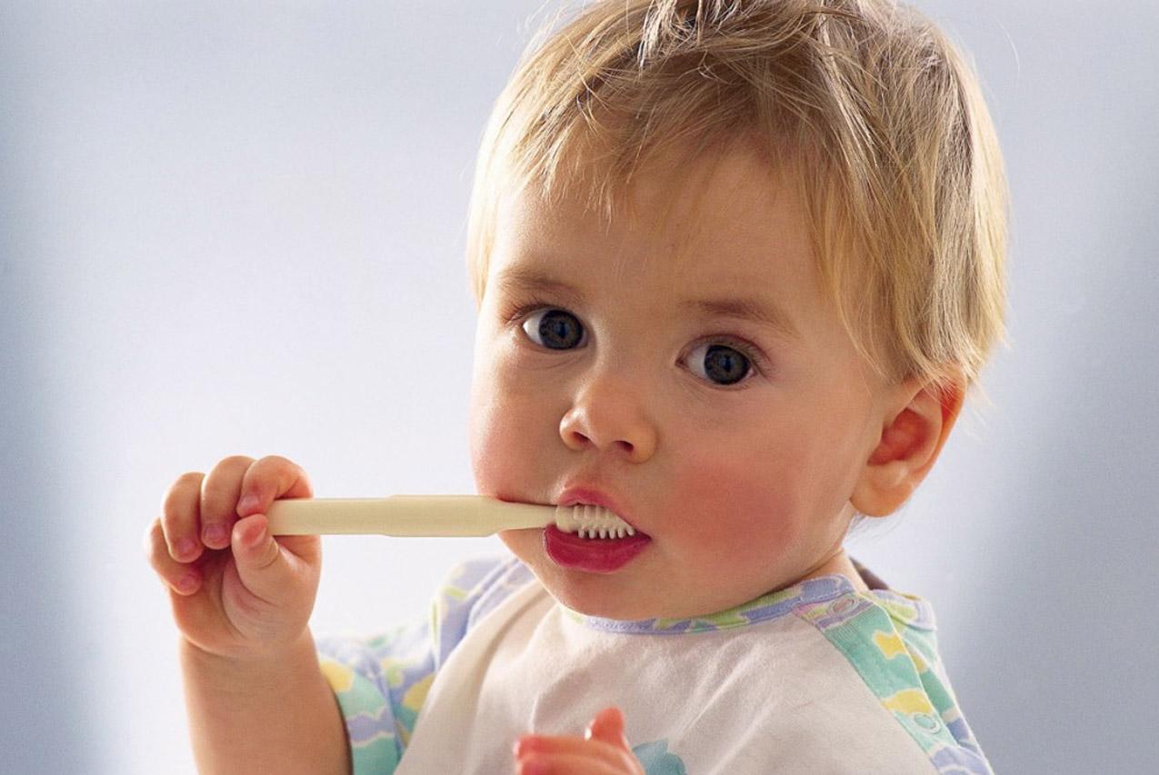 Что делать, если ребёнок не хочет чистить зубы